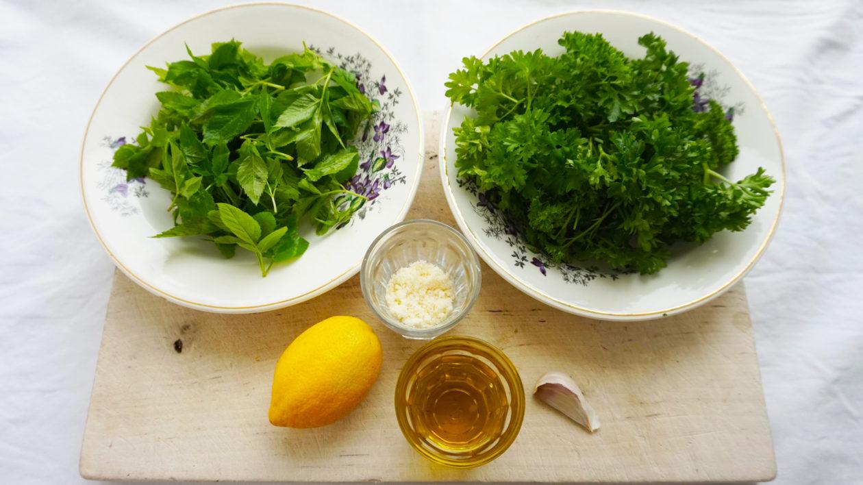 Pesto med skvalderkål
